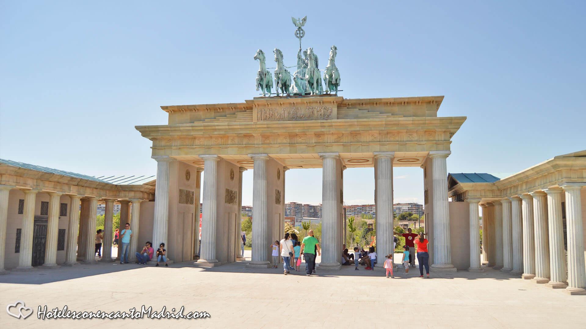 Parque Europa Madrid - Puerta de Brandenburgo