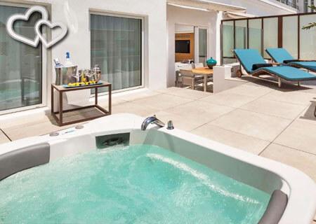 hoteles con jacuzzi en la habitación Madrid